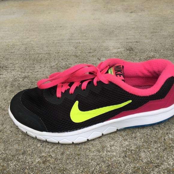 Zapatillas Nike Negro Flex Experience Chicas Chico Negro Nike Rosa Cal Poshmark Rn4 7cc8cd
